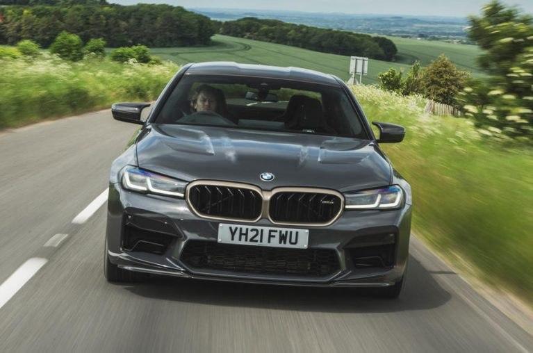 بررسی  BMW M5 CS