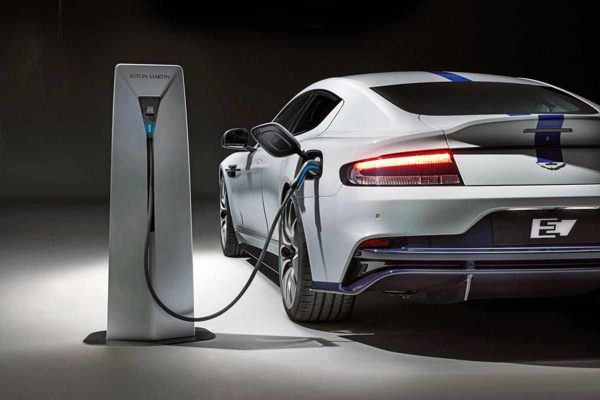 اولین آستونمارتین الکتریکی را سال ۲۰۲۶ رونمایی می شود
